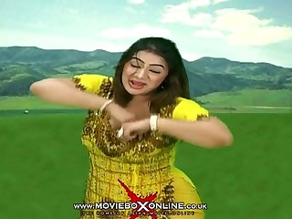 VE AYENI SOHNI - SAVEERA HOT MUJRA - PAKISTANI MUJRA DANCE - YouTube
